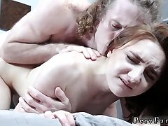 Guy fucks mummy and crony' ally's daughter Pummeling