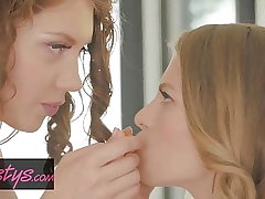 When Girls Play - Elena Koshka , Sophie Sparks - Orange